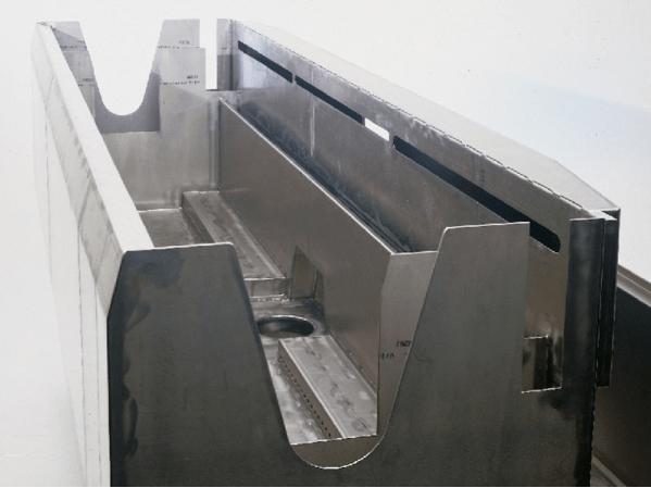 Titanwanne galvanische Anlage seitenansicht